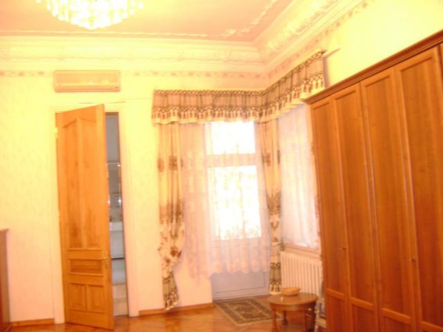 Продается 4-комнатная квартира на ул. Пушкинская — 160 000 у.е. (фото №9)