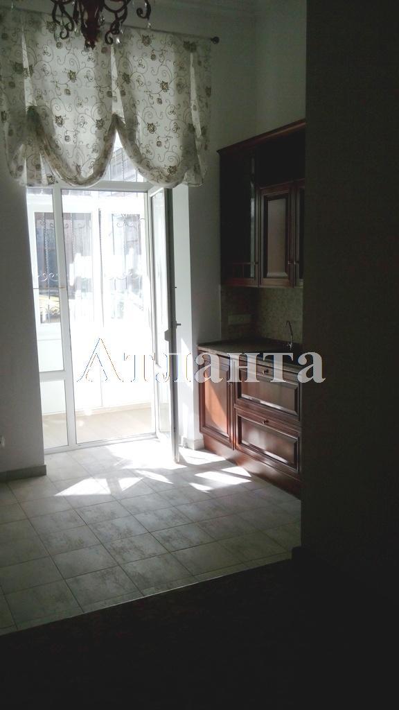 Продается 6-комнатная квартира на ул. Дерибасовская — 300 000 у.е.