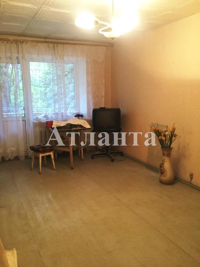 Продается 3-комнатная квартира на ул. Сегедская — 55 000 у.е.