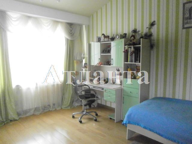 Продается 3-комнатная квартира на ул. Французский Бул. — 140 000 у.е.
