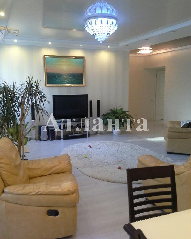 Продается 3-комнатная квартира на ул. Академика Вильямса — 135 000 у.е.