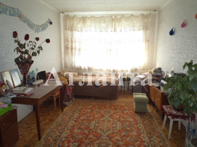 Продается 4-комнатная квартира на ул. Академика Глушко — 58 000 у.е.