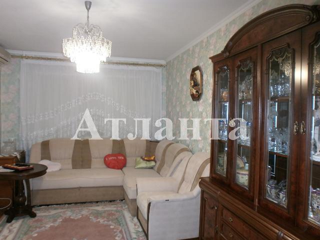 Продается 3-комнатная квартира на ул. Ильфа И Петрова — 70 000 у.е.