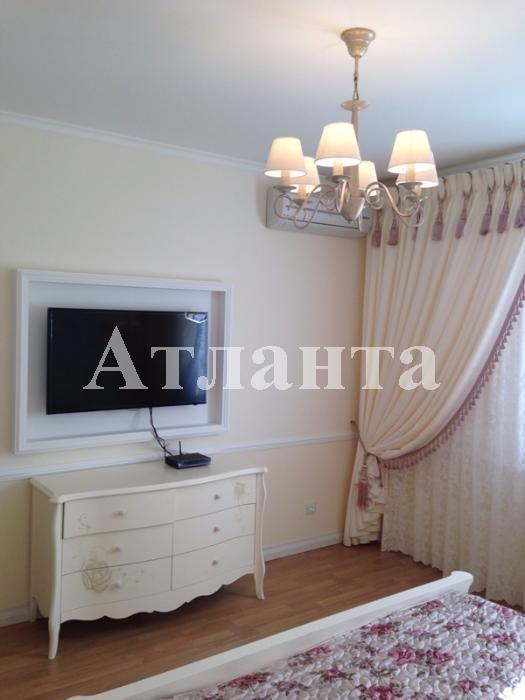 Продается 2-комнатная квартира на ул. Дерибасовская — 105 000 у.е.