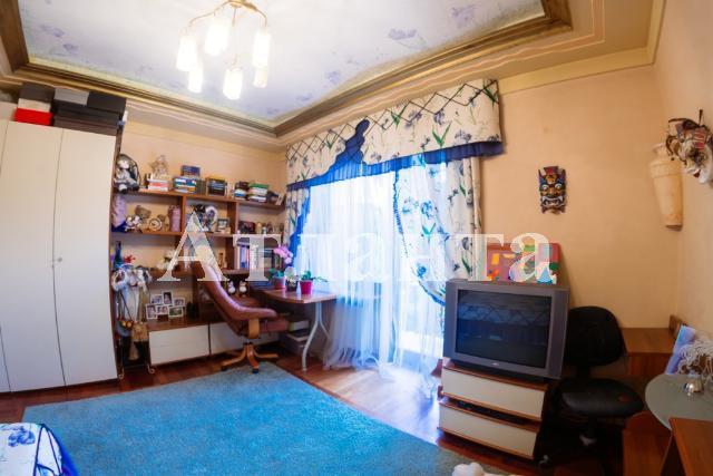 Продается 4-комнатная квартира на ул. Мукачевский Пер. — 450 000 у.е. (фото №16)