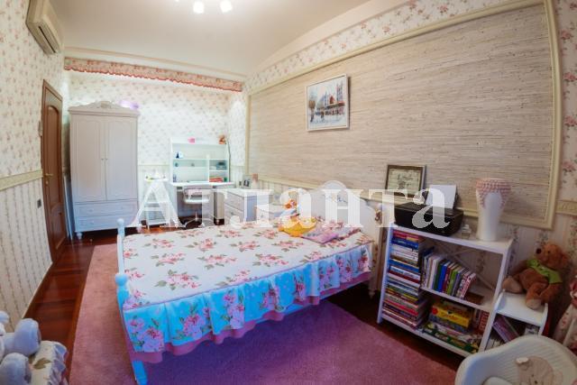 Продается 4-комнатная квартира на ул. Мукачевский Пер. — 450 000 у.е. (фото №21)