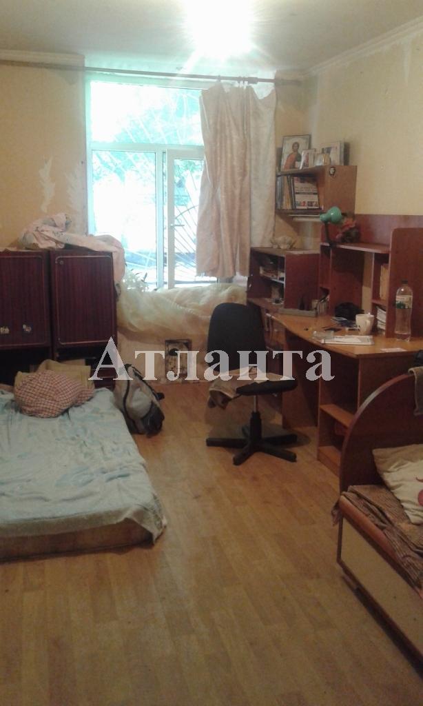 Продается 2-комнатная квартира на ул. Базарная — 32 000 у.е.