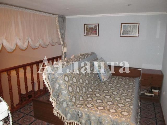 Продается 3-комнатная квартира на ул. Дерибасовская — 190 000 у.е.