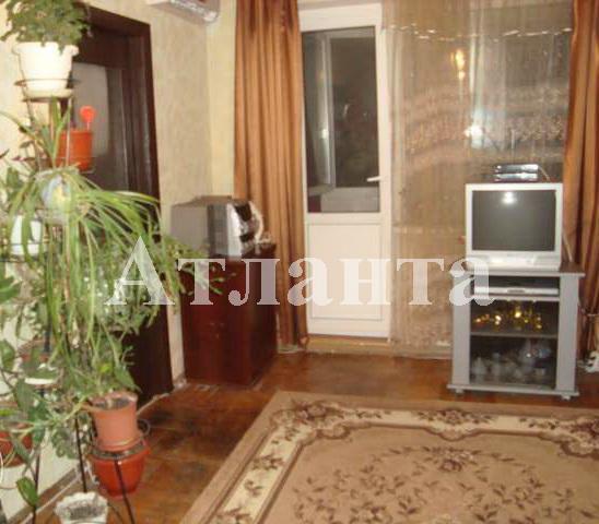 Продается 4-комнатная квартира на ул. Петрова Ген. — 40 000 у.е.