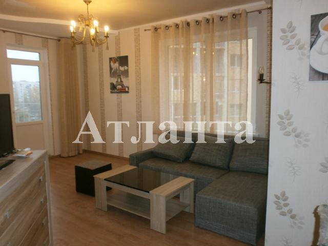 Продается 2-комнатная квартира на ул. Радужный М-Н — 60 000 у.е.