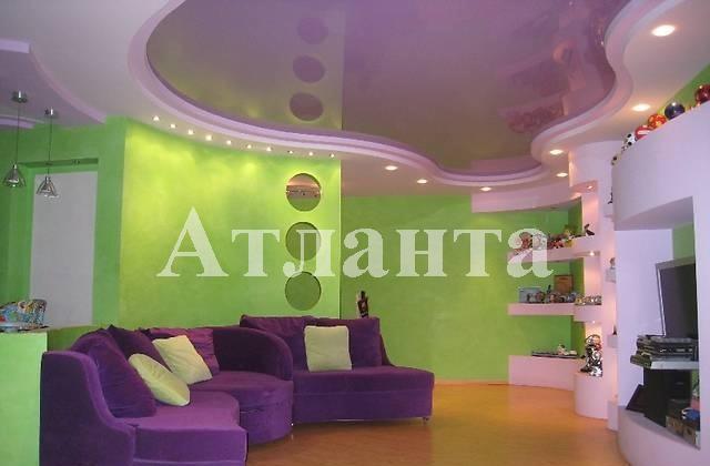 Продается 3-комнатная квартира на ул. Тополевая — 100 000 у.е.
