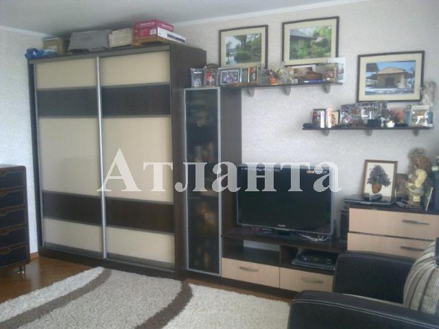 Продается 3-комнатная квартира на ул. Костанди — 105 000 у.е.