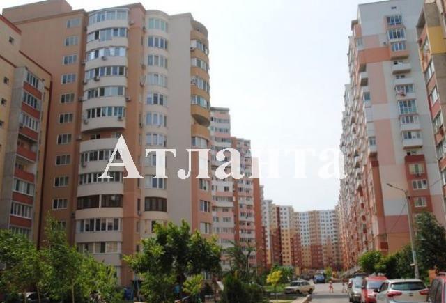 Продается 1-комнатная квартира на ул. Радужный 1 М-Н — 43 000 у.е.