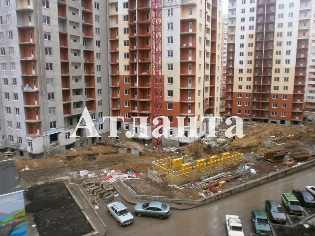 Продается 1-комнатная квартира на ул. Радужный М-Н — 29 000 у.е.