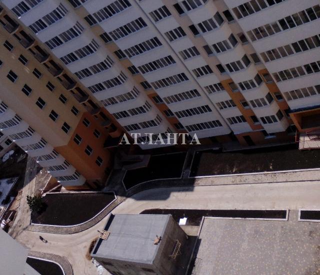 Продается 1-комнатная квартира на ул. Радужный М-Н — 30 000 у.е. (фото №2)