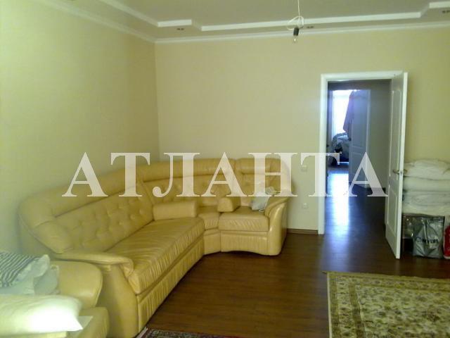 Продается 2-комнатная квартира на ул. Академика Вильямса — 90 000 у.е.