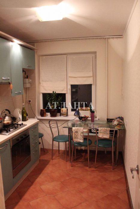 Продается 3-комнатная квартира на ул. Академика Королева — 58 000 у.е.