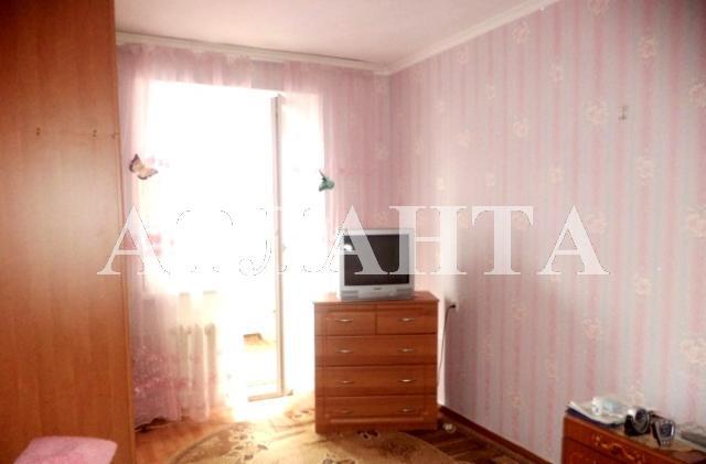 Продается 4-комнатная квартира на ул. Академика Королева — 65 000 у.е.