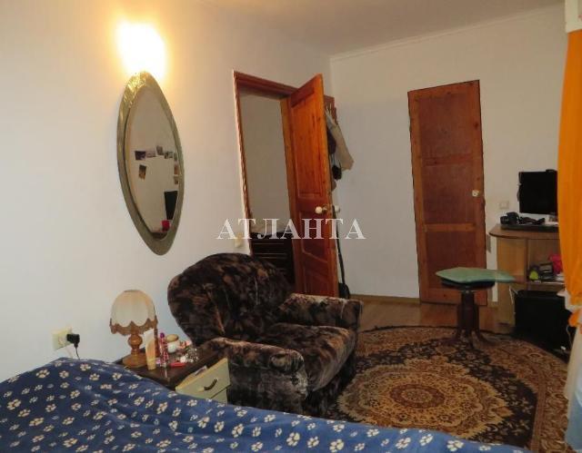 Продается 2-комнатная квартира на ул. Сегедская — 50 000 у.е.