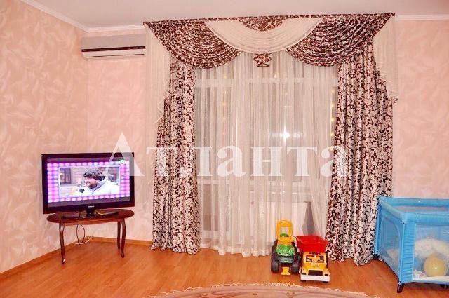 Продается 4-комнатная квартира на ул. Фонтанская Дор. — 250 000 у.е. (фото №2)