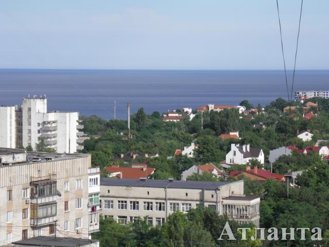 Продается 2-комнатная квартира на ул. Светлый Пер. — 77 000 у.е.