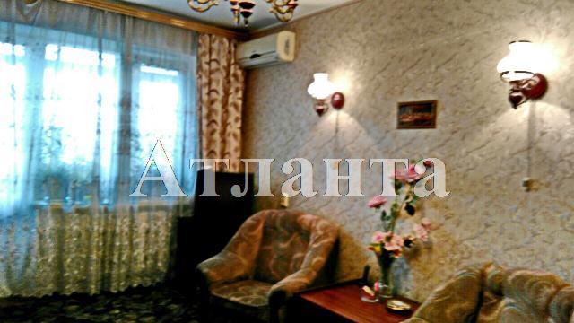 Продается 2-комнатная квартира на ул. Петрова Ген. — 45 000 у.е.