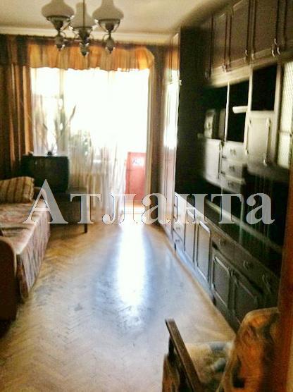 Продается 3-комнатная квартира на ул. Космонавтов — 42 000 у.е.