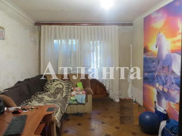 Продается 3-комнатная квартира на ул. Фонтанская Дор. — 50 000 у.е.