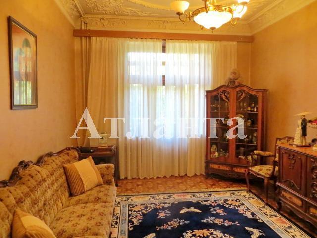 Продается 4-комнатная квартира на ул. Банный Пер. — 100 000 у.е.
