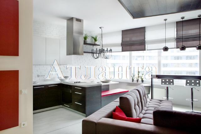 Продается 1-комнатная квартира на ул. Литературная — 165 000 у.е. (фото №2)