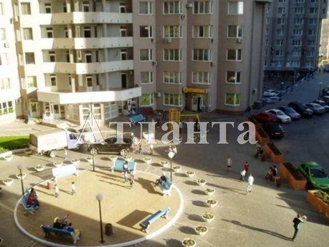 Продается 3-комнатная квартира на ул. Среднефонтанская — 115 000 у.е.
