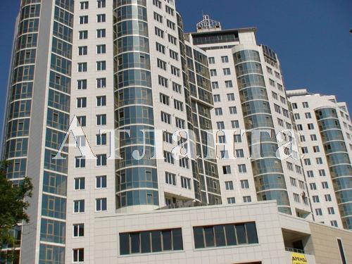 Продается 3-комнатная квартира на ул. Маршала Говорова — 150 000 у.е.
