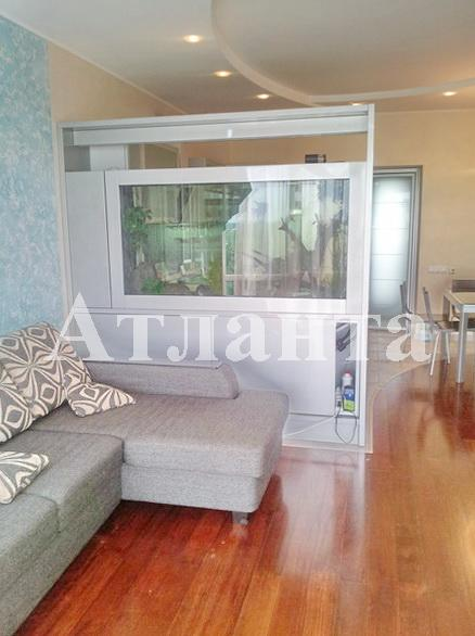 Продается 3-комнатная квартира на ул. Фонтанская Дор. — 185 000 у.е.