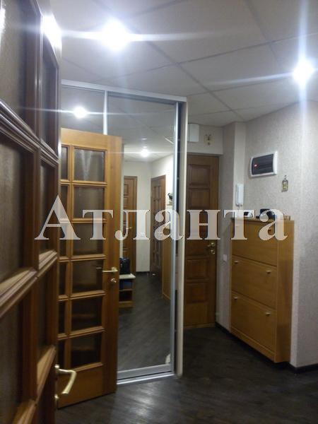 Продается 3-комнатная квартира на ул. Люстдорфская Дорога — 90 000 у.е.