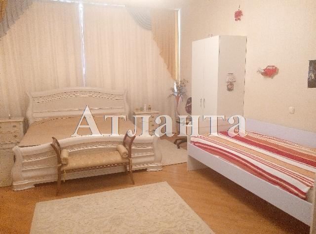 Продается 3-комнатная квартира на ул. Педагогический Пер. — 280 000 у.е. (фото №2)