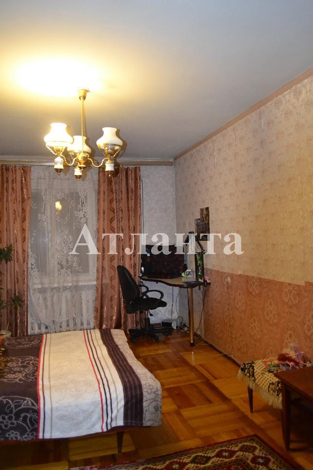 Продается 3-комнатная квартира на ул. Заболотного Ак. — 36 000 у.е.