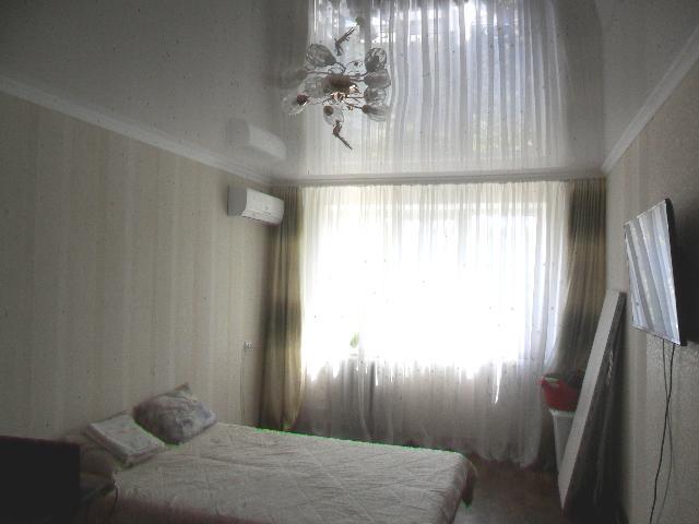 Продается 2-комнатная квартира на ул. Заболотного Ак. — 30 000 у.е.