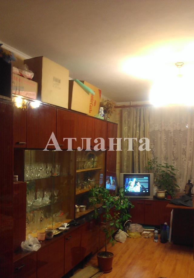 Продается 3-комнатная квартира на ул. Проспект Добровольского — 52 000 у.е.