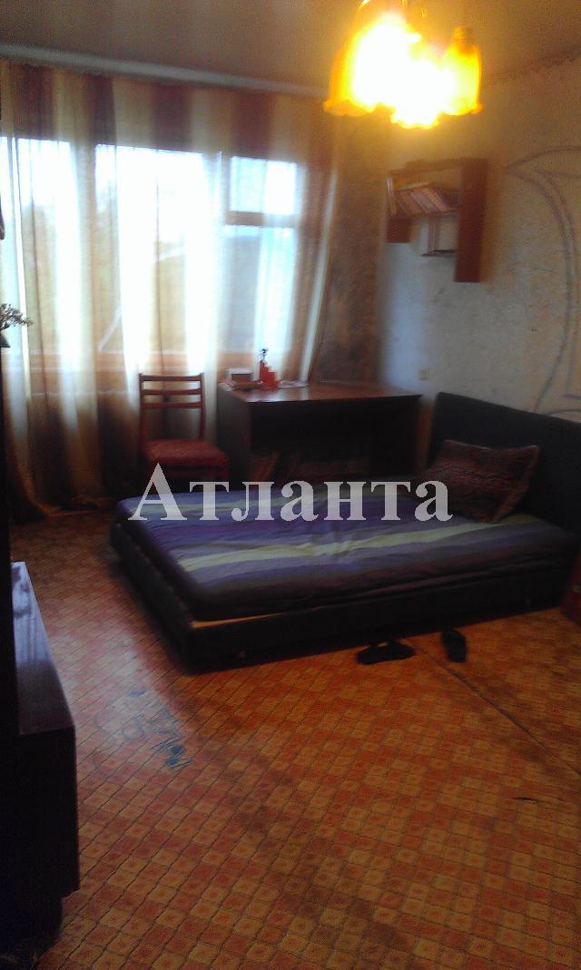 Продается 3-комнатная квартира на ул. Проспект Добровольского — 25 000 у.е.