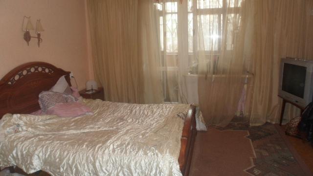 Продается 3-комнатная квартира на ул. Героев Сталинграда — 65 000 у.е.