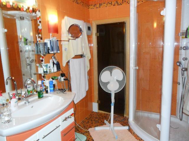 Продается 4-комнатная квартира на ул. Днепропетр. Дор. — 150 000 у.е. (фото №12)