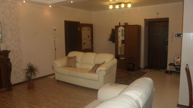 Продается 2-комнатная квартира на ул. Сахарова — 75 000 у.е. (фото №3)