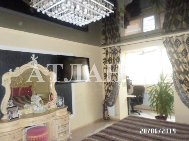 Продается 2-комнатная квартира на ул. Днепропетр. Дор. — 75 000 у.е.
