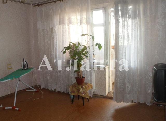 Продается 4-комнатная квартира на ул. Днепропетр. Дор. — 65 000 у.е.