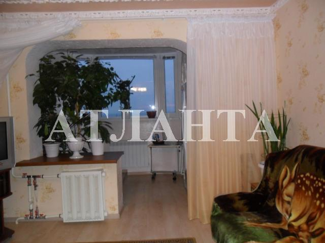Продается 4-комнатная квартира на ул. Проспект Добровольского — 85 000 у.е.
