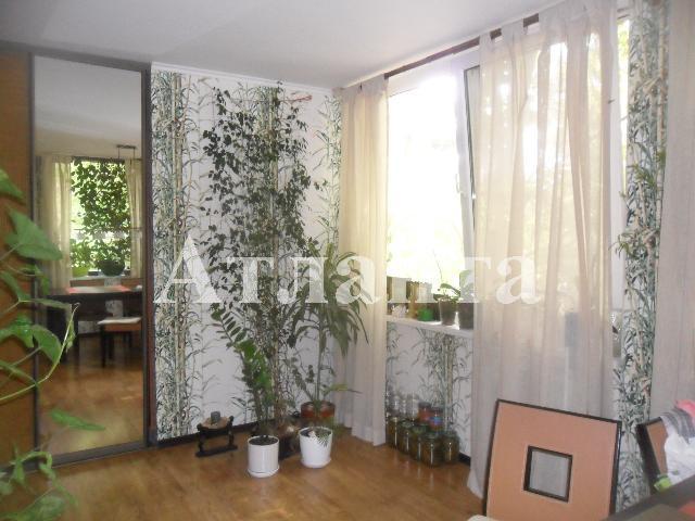 Продается 2-комнатная квартира на ул. Героев Сталинграда — 40 000 у.е. (фото №9)