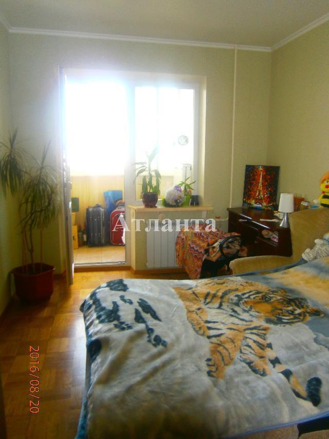 Продается 3-комнатная квартира на ул. Бочарова Ген. — 48 500 у.е.
