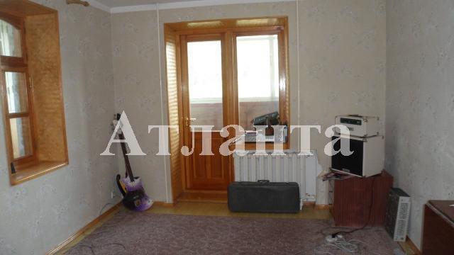 Продается 2-комнатная квартира на ул. Днепропетр. Дор. — 44 000 у.е.