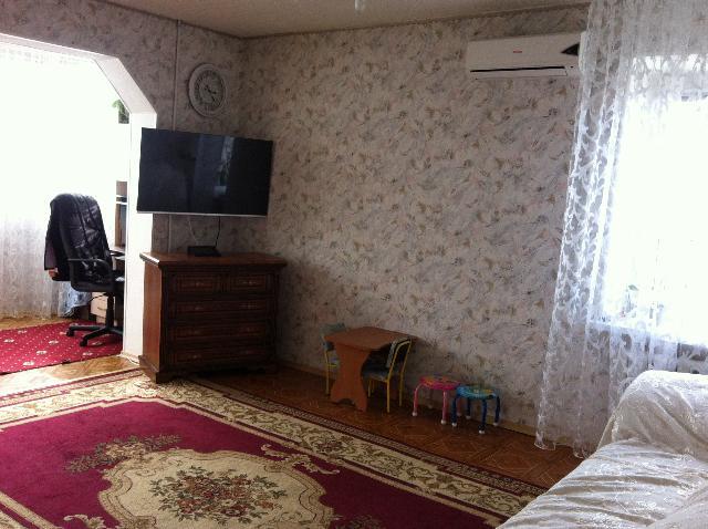 Продается 3-комнатная квартира на ул. Днепропетр. Дор. — 69 000 у.е.