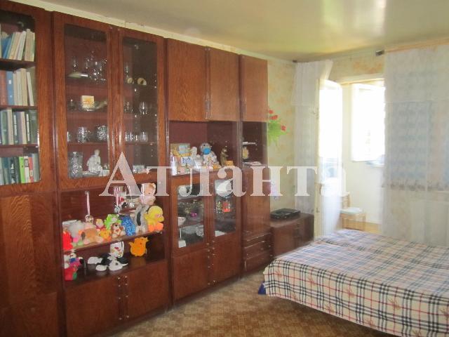 Продается 3-комнатная квартира на ул. Бочарова Ген. — 34 000 у.е.